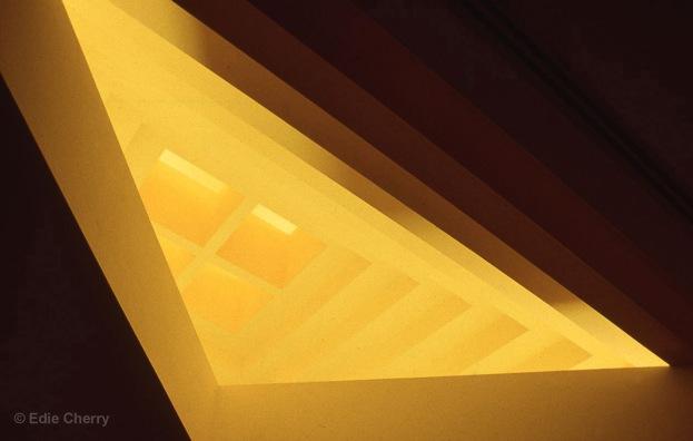 Image #7 SFAI EC023 yellow skylight